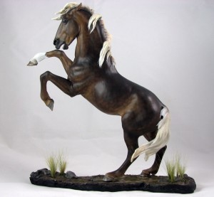 Stormbringer-Mustang-KatarinaLarsson-300x277